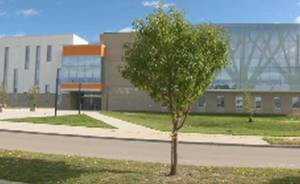 Calgary Board of Education looks for parent  input as high schools face over capacity concerns