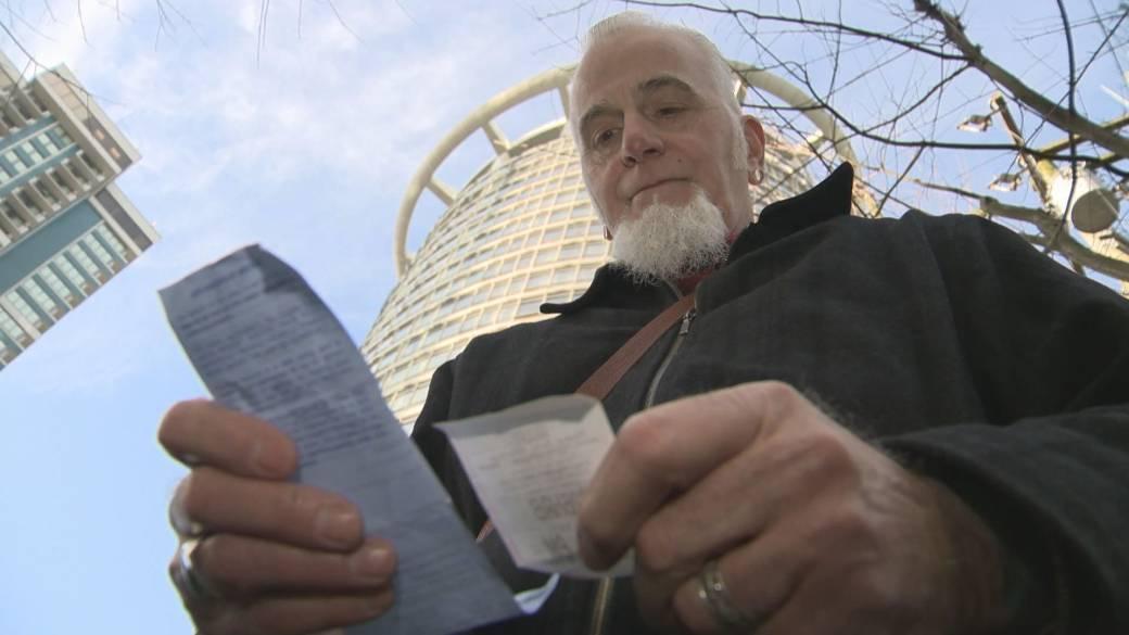 Vancouver man receives parking ticket after signing up for mobile alert reminder