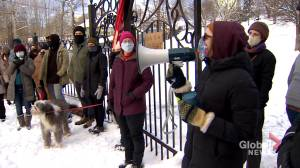 Temporary shelters pop up in Dartmouth to protect homeless from the elements (02:03)