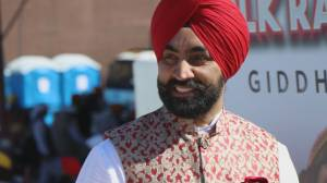 """Family and friends remember Surrey's """"King of Bhangra"""" (02:23)"""