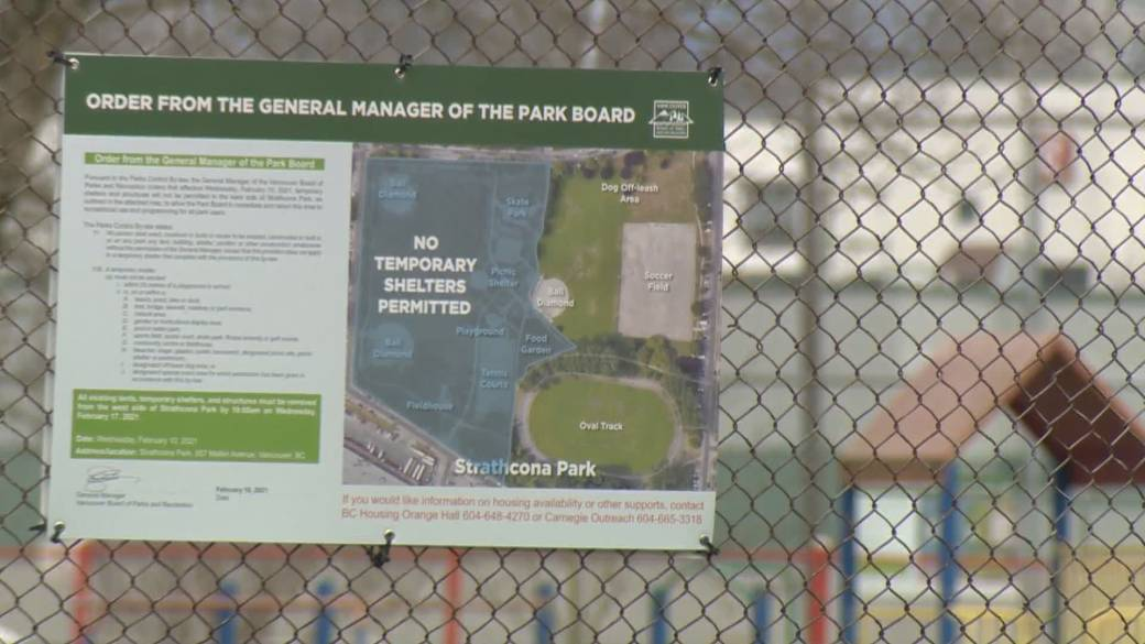 Click to play video 'Fences, signs up to clear half of Strathcona Park tent city'