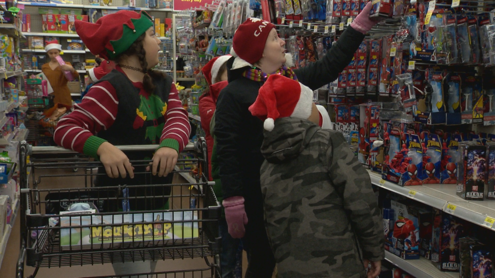Coalhurst students buy more than 100 presents for Angel Tree Christmas Campaign