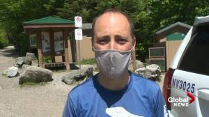 Hikers describe black bear attack on North Vancouver's Mt Fromme trail (02:33)