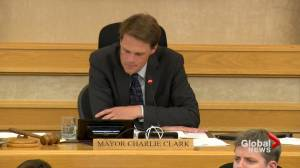 Clark increasingly believes Saskatoon needs to pursue mask policies if province doesn't