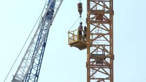 Man originally from Manitoba among victims of Kelowna crane collapse (01:28)
