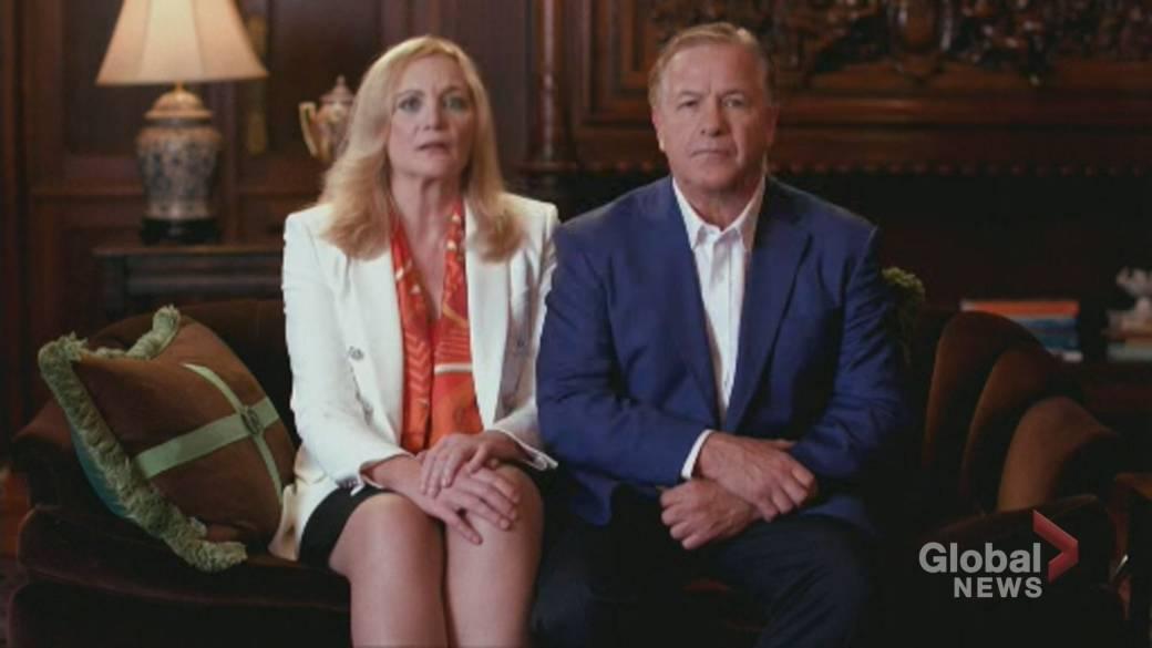 'Gun-toting 'Ken and Karen' mates  gives Trump their endorsement astatine  RNC'