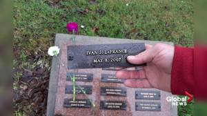 Edmonton family raises concerns over neglect of son's grave (01:34)