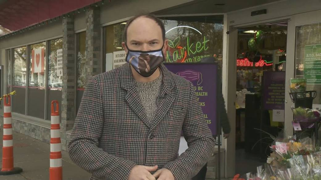 Click to play video 'B.C. solicitor general: Anti-mask scofflaws face multiple fines'
