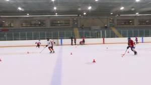 Minor hockey returns to Loyalist Township in Amherstview (02:19)