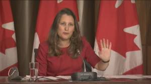 Planes, trains and federal workers: PM announces new COVID-19 vaccine mandates (02:39)