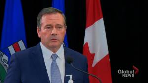 'I believe I have the confidence of my party': Alberta premier responds to reports of strife within UCP (01:19)