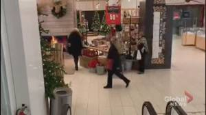 Queen Street Hudson's Bay department store closing Tuesday for city-wide lockdown (02:32)