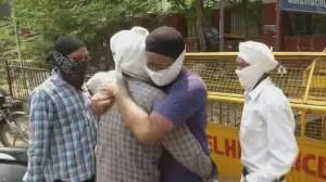 Canada planning more aid as India hits record COVID-19 deaths (02:30)