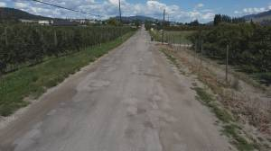 Shanks Road residents want better road surface (02:18)