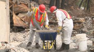 Volunteer group helps Westside Road residents with recovery from wildfire (02:26)