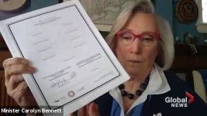 Wet'suwet'en hereditary chiefs, government officials sign memorandum for land rights and title