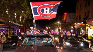 Montreal Canadiens fans party in the streets as Habs advance to Stanley Cup finals (02:49)