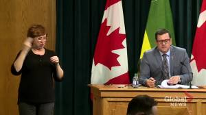 Coronavirus: Saskatchewan contact tracing becoming increasingly challenging with higher close contacts per infected person, health minister says (00:32)