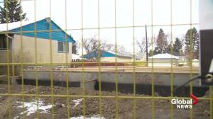 Edmonton residents concerned about infill damage call for better enforcement (02:03)