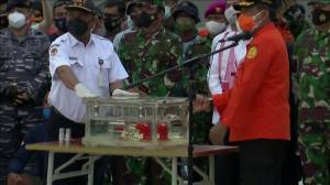 Indonesia plane crash: Flight data recorder recovered from passenger jet (02:11)