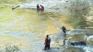 Crews perform dangerous rescue on Capilano River