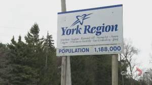 Coronavirus: Lockdown restrictions in Toronto, Peel region could see travel spike to York region, experts say (02:24)