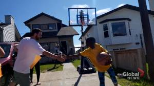 Calgary family of 8 surprised twice with random act of kindness