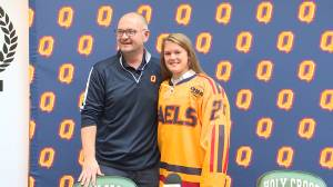 Kingston Ice Wolves hockey star Rebecca Thompson commits to Queen's University