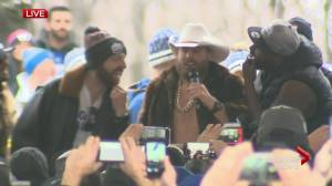 'A-ha, a-ha': Bombers' Chris Streveler mimics Kawhi's laugh at Grey Cup parade