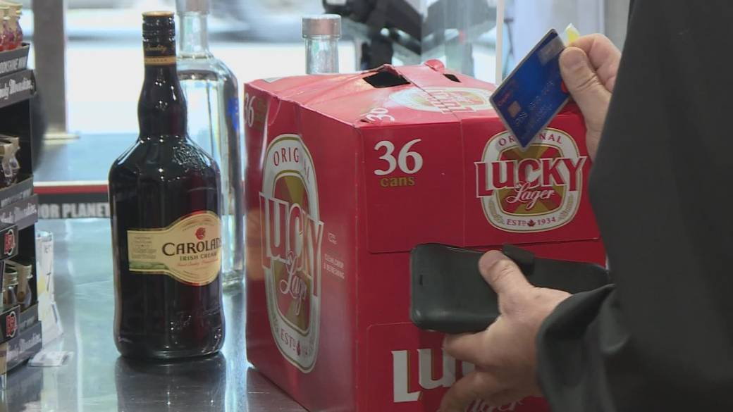 Click to play video 'B.C. business impact as province bans liquor sales on New Year's Eve'