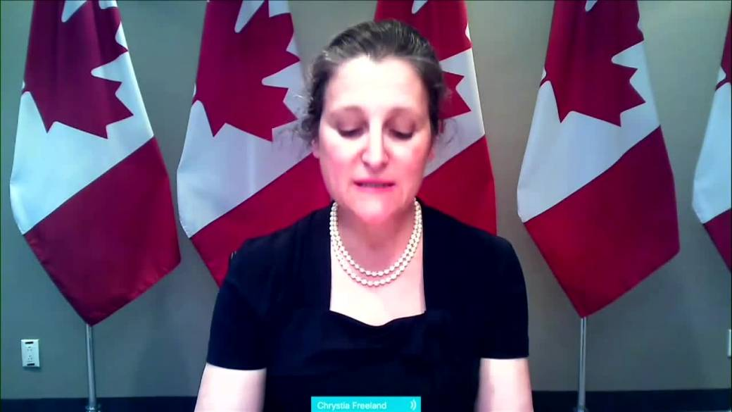 Click to play video: 'Air Canada aid package includes refunds for cancelled flights'