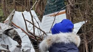 7 dead, including 3 children, in Kingston plane crash