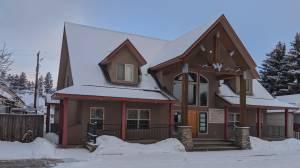 Coronavirus: Business traveller lamenting lack of private testing sites in Okanagan (01:40)