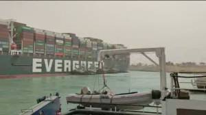 Huge container ship gets stuck in Suez Canal, blocking all traffic (02:23)