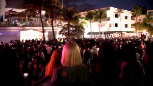 State of emergency continues in Miami Beach after large crowds gather to celebrate Spring Break (01:38)