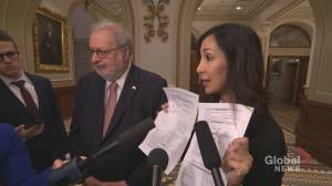 Quebec politicians sit in on Bill 40 closure