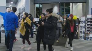 Metro Vancouver shoppers try to snag Boxing Day deals