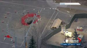 South Edmonton intersection with sinkhole will be closed until May 2021 (01:57)