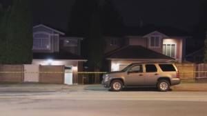 RCMP probing two crime scenes after possible shooting in Burnaby (01:37)