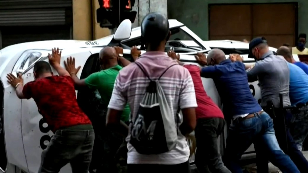 Click to play video: 'Thousands of Cubans continue to take to streets to push for global action'