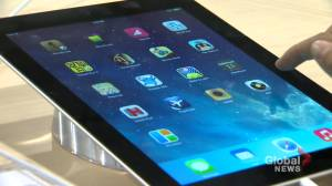 West Island fundraiser aims to collect iPads for senior citizens (01:40)