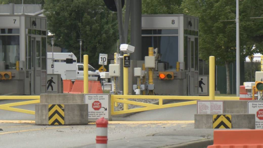 Click to play video: 'COVID-19: Ongoing concerns about reopening Canada-U.S. border'