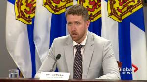 Coronavirus: Nova Scotia lifts self-isolation requirement for New Brunswick travellers (00:40)