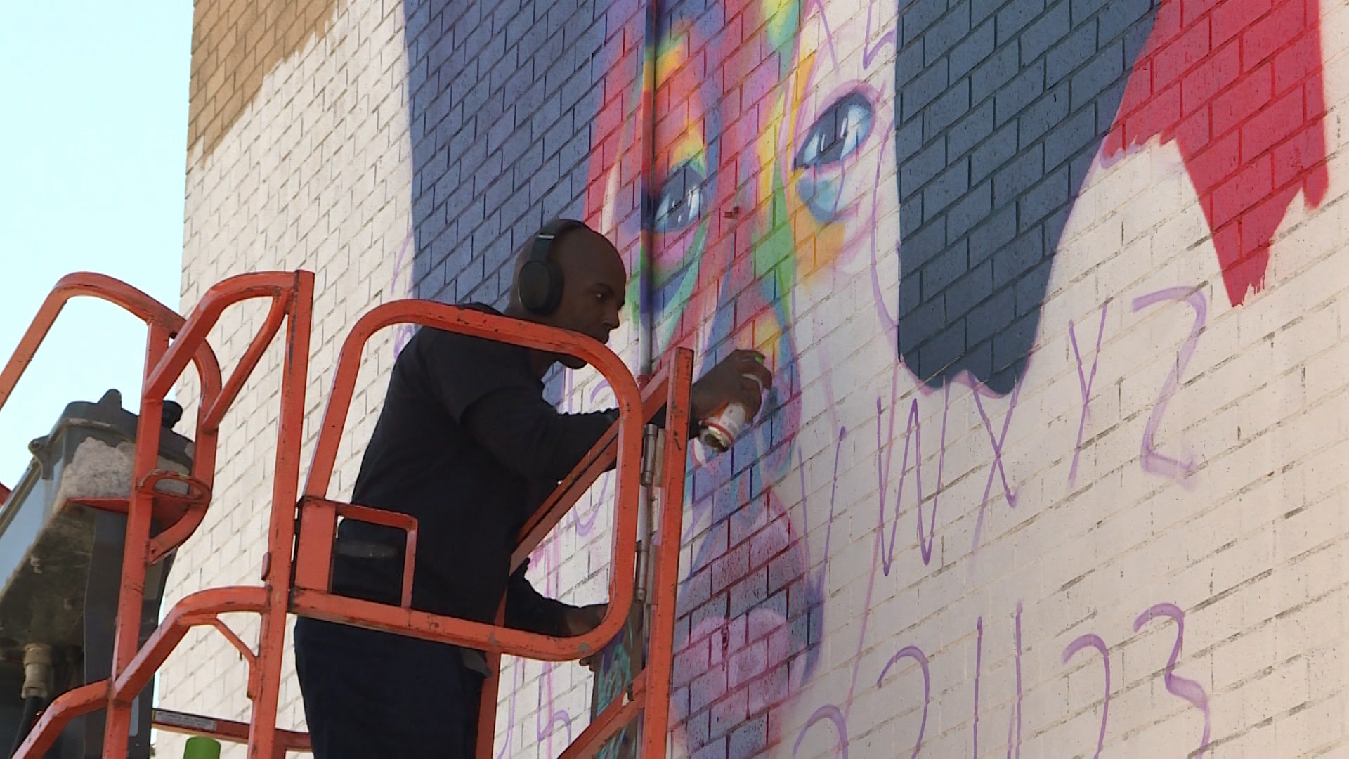 Viola Desmond tribute among murals being added to Mulgrave Park in Halifax