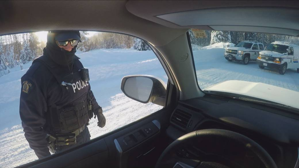 'We're backed into a corner': Wet'suwet'en bristle as RCMP control access to anti-pipeline camp