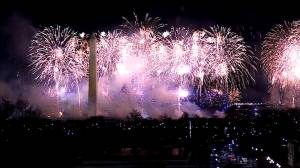 Inauguration day: Spectacular fireworks display lights up the night sky in Washington (04:10)