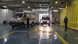 Coronavirus outbreak: first patients board hospital ship in Italy (02:50)