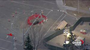23-metre-deep sinkhole discovered at south Edmonton intersection will take months to repair (01:10)