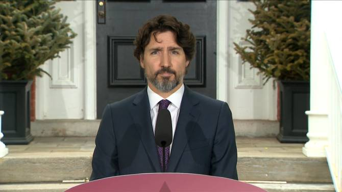 Click to play video: Coronavirus outbreak: Trudeau pushing for 10 days of paid sick leave from provinces