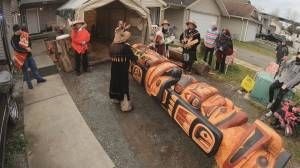 B.C. totem pole cleansed in special ceremony before making journey to Japan (02:03)
